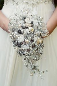 Vintage_Teardrop_Brooch_Bouquet_By_Debbie_Carlisle