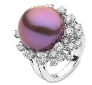 Yoko's_London_Rare_Violet_Pearls