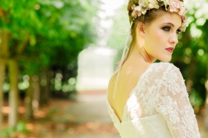Jasmine's Secret wedding dress, £395 available exclusively at kittyanddulcie.com Hair accessory floandpercy.com 00094