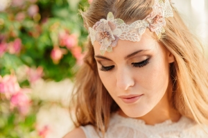 Summer Rose wedding dress, £345 available exclusively at kittyanddulcie.com Hair accessory from floandpercy.com 00268