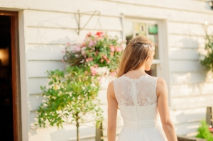 Summer Rose wedding dress, £345 available exclusively at kittyanddulcie.com Hair accessory from floandpercy.com 00285