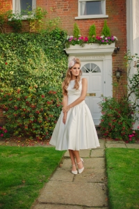 Sweet Audrey wedding dress, £350 available exclusively at kittyanddulcie.com Hair accessory from floandpercy.com 00194