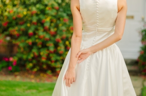 Sweet Audrey wedding dress, £350 available exclusively at kittyanddulcie.com Hair accessory from floandpercy.com 00239